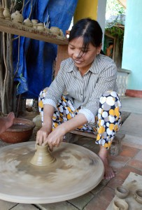 This woman makes all kinds of pottery at her stop, a mile or so out of Hoi An.