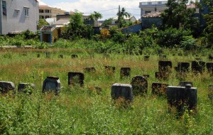 I found this overgrown Chinese cemetery as I wandered around Hoi An on my rented bike.
